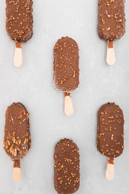 Gelato al cioccolato vista dall'alto Foto Gratuite