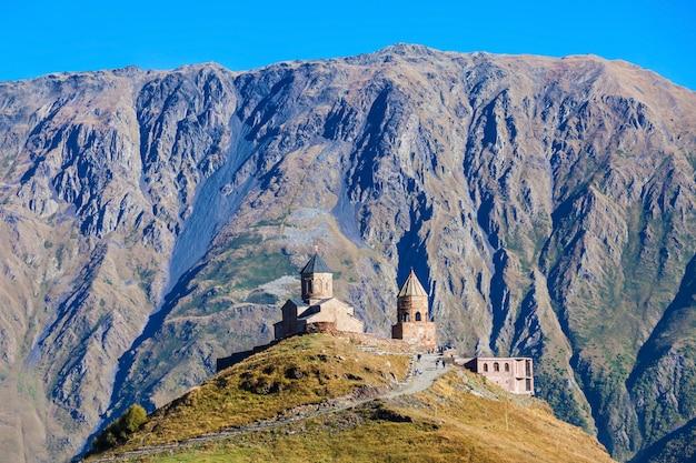 Gergeti trinity church Foto Premium