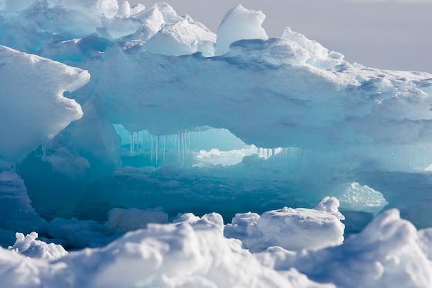 Ghiacciaio antartico. sfondo di natura Foto Premium