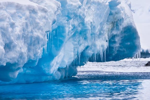 Ghiacciaio antartico Foto Premium