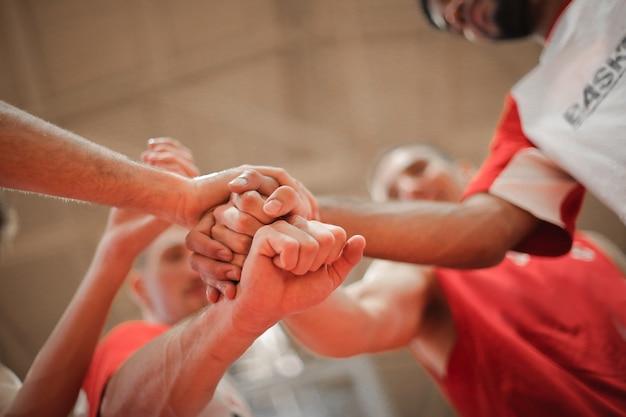 Giocatori della squadra di pallacanestro Foto Premium