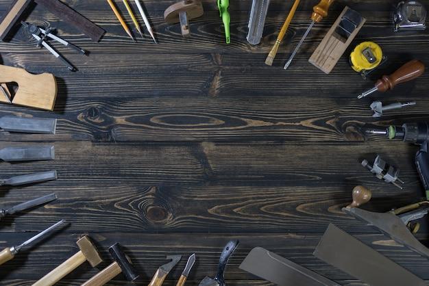 Giornata internazionale del lavoro dei lavoratori. strumento di carpenteria. copia spazio Foto Premium