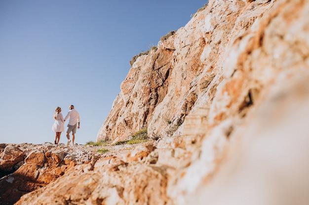 Giovane coppia in luna di miele in grecia Foto Gratuite