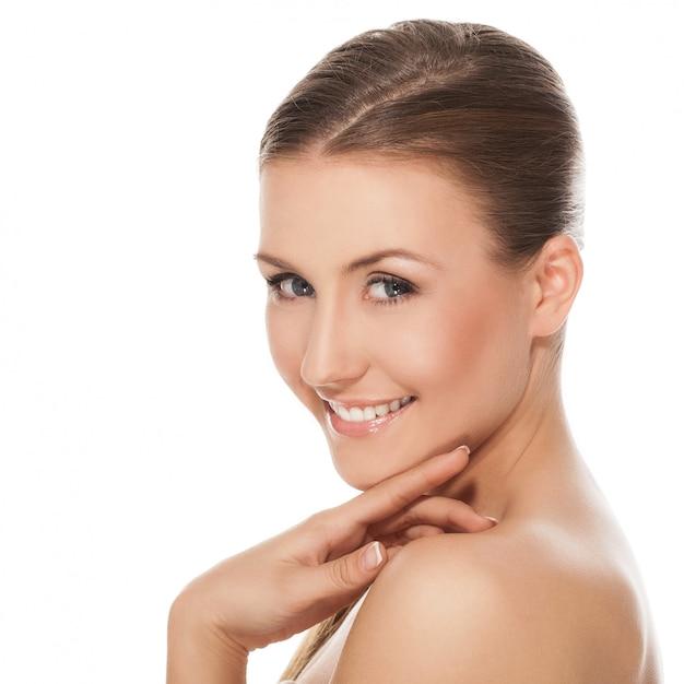 Giovane donna caucasica felice nuda Foto Gratuite
