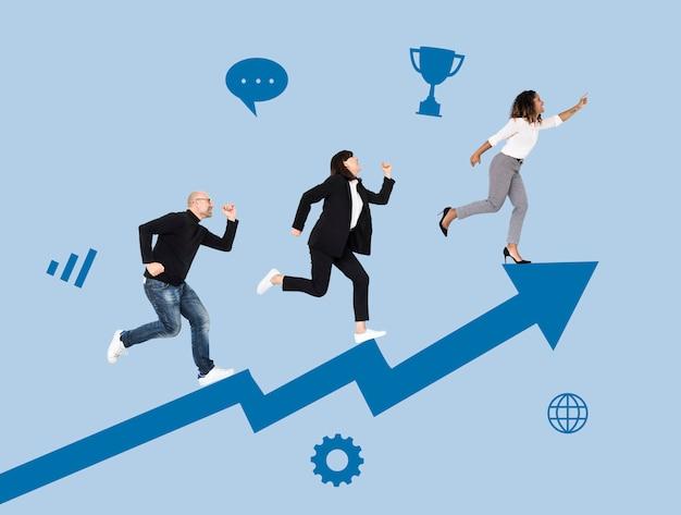 Gli uomini d'affari si precipitano verso il successo Foto Gratuite