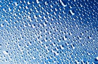 Gocce d 39 acqua con2011 blu scaricare foto gratis for Finestra con gocce d acqua