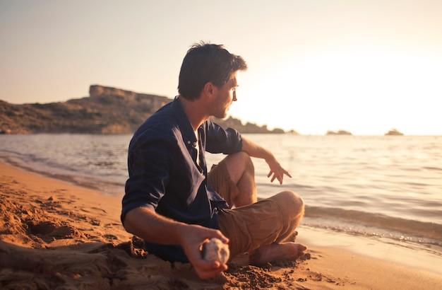 Godersi il tramonto Foto Premium
