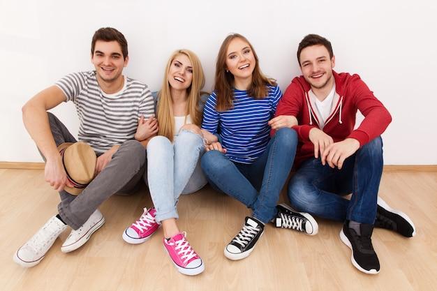 Gruppo di giovani Foto Premium