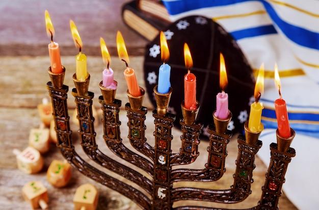 Hanukkah, il festival ebraico delle luci Foto Premium