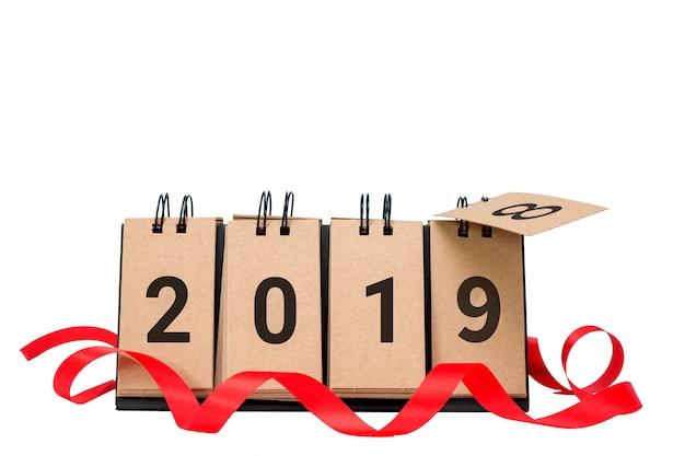 Il buon anno 2019 sostituisce il concetto 2018 isolato su fondo bianco Foto Premium