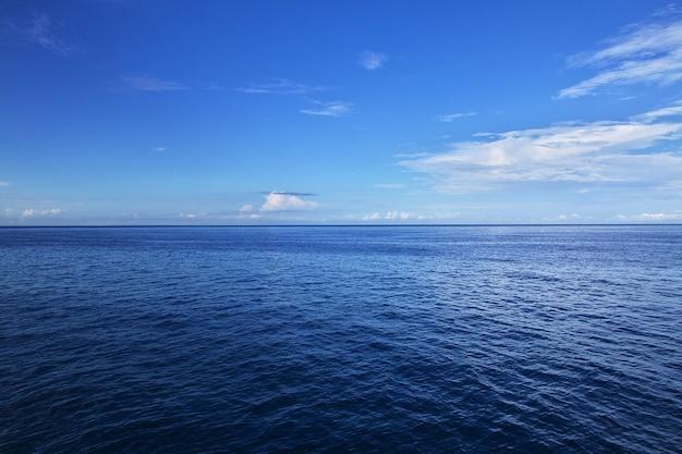Il traghetto per zanzibar, in tanzania Foto Premium
