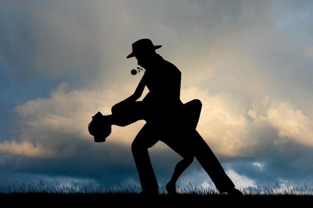 Illustrazione del tango al tramonto Foto Premium