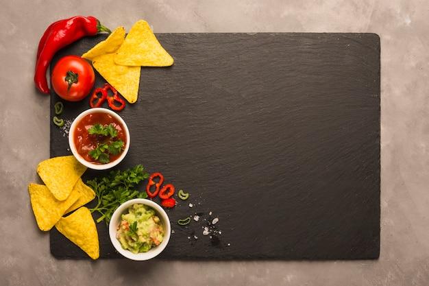 Immergere i chip di nachos Foto Gratuite