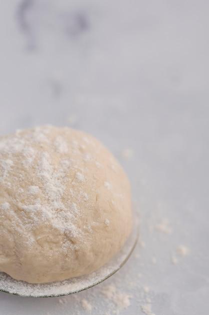 Impasto per pane ad alto angolo Foto Gratuite