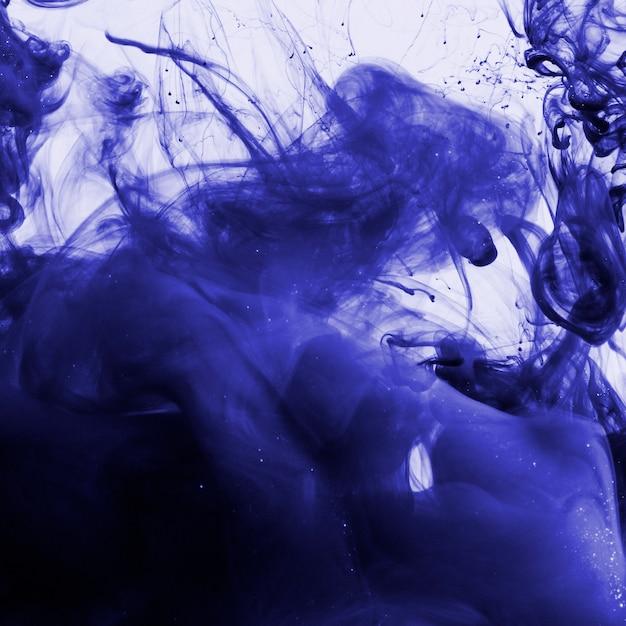 Inchiostro color indaco sott'acqua Foto Gratuite