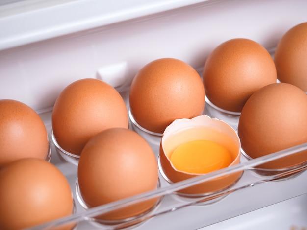 Ingredienti alimentari organici delle uova di gallina Foto Premium