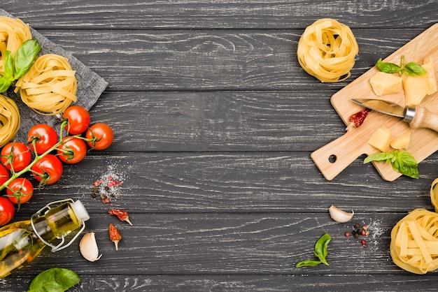 Ingredienti copia-spazio per noodles Foto Gratuite