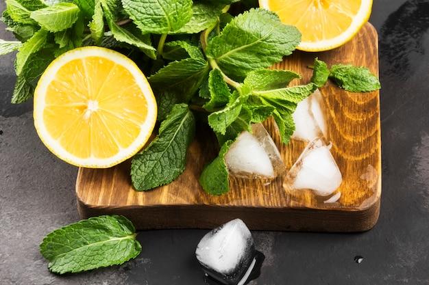 Ingredienti per la limonata Foto Premium