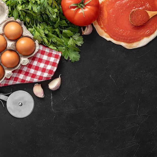Ingredienti per pizza copia-spazio Foto Gratuite