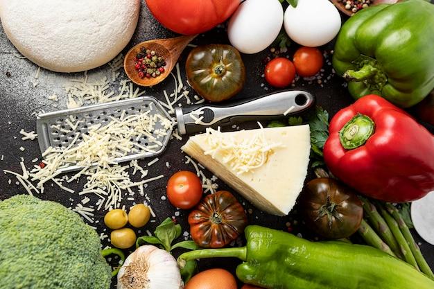 Ingredienti piatti per la pizza Foto Gratuite