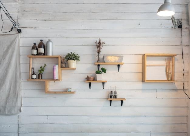 Decorare Con Le Mensole : Idee per decorare pareti con dugdix com arredare un monovano e