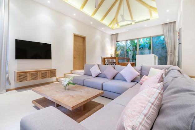 Interior design in soggiorno con angolo cottura aperto Foto Premium