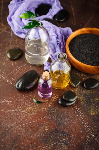 Kit spa. shampoo, sapone liquido. bagnoschiuma. Foto Premium