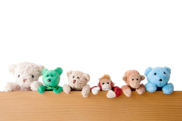 La banda di orsacchiotti e scimmie sono sul bosco Foto Premium