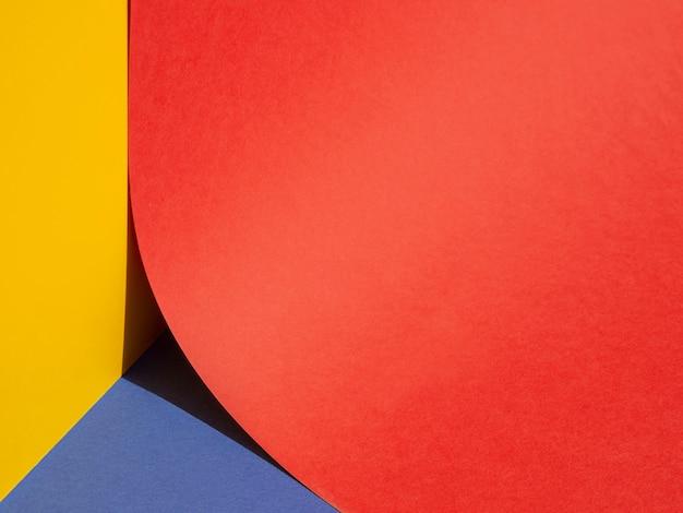 La metà del grande primo piano di carta rossa cerchio Foto Gratuite