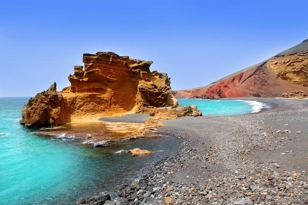 Lanzarote el golfo lago de los clicos Foto Premium