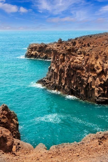 Lanzarote los hervideros come acqua bollente Foto Premium