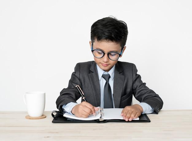 Lavoro da sogno boy young occupation di uomo d'affari Foto Gratuite