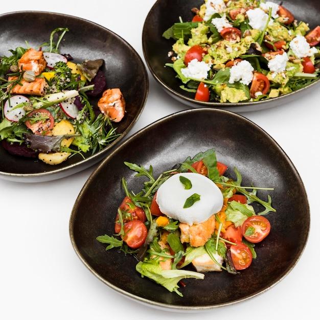 Le insalate sane deliziose si chiudono su Foto Gratuite
