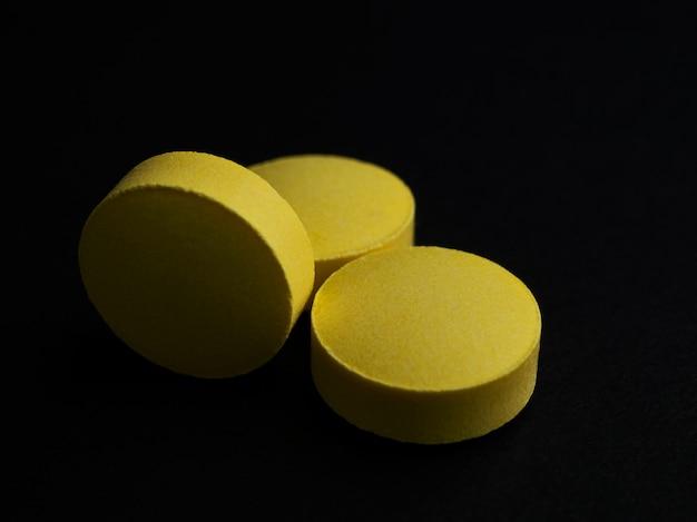 Le medicine aiutano a curare le malattie, comunemente usate in tutto il mondo Foto Premium