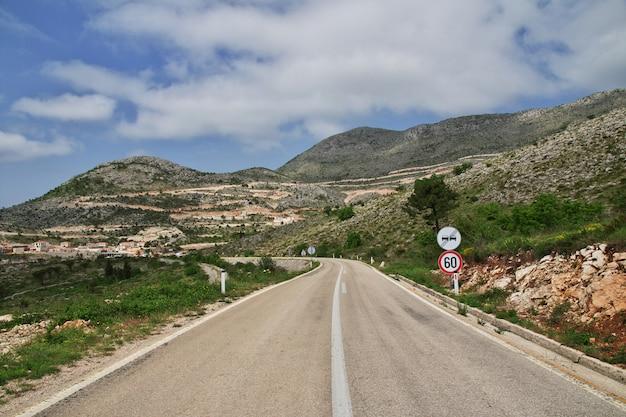 Le montagne del montenegro, la costa adriatica Foto Premium