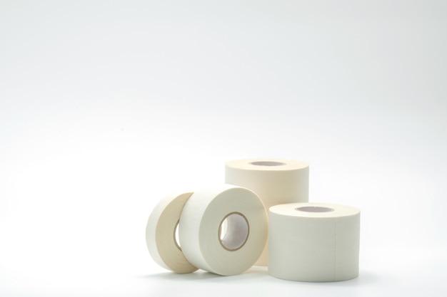 Le varie dimensioni della fasciatura di sport legano la raccolta su fondo bianco Foto Premium