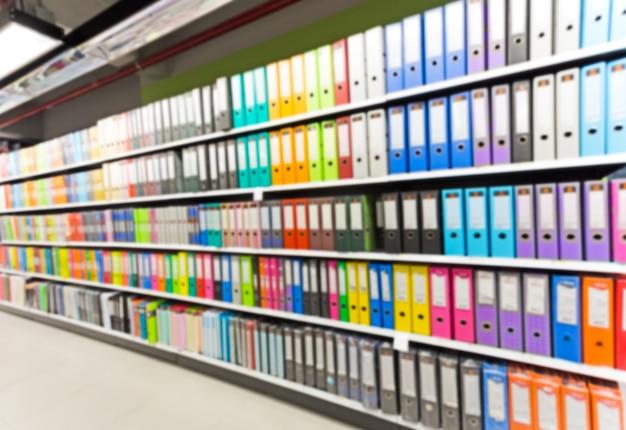 Ufficio Per Negozio : Legami sfocati nel negozio di forniture per ufficio scaricare foto