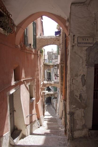 Liguria riviera centro storico la pigna sanremo Foto Gratuite