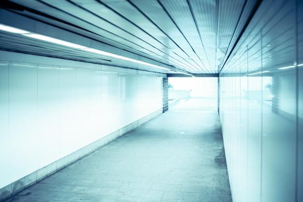 Luce alla fine del tunnel, concetto di obiettivo finale Foto Premium