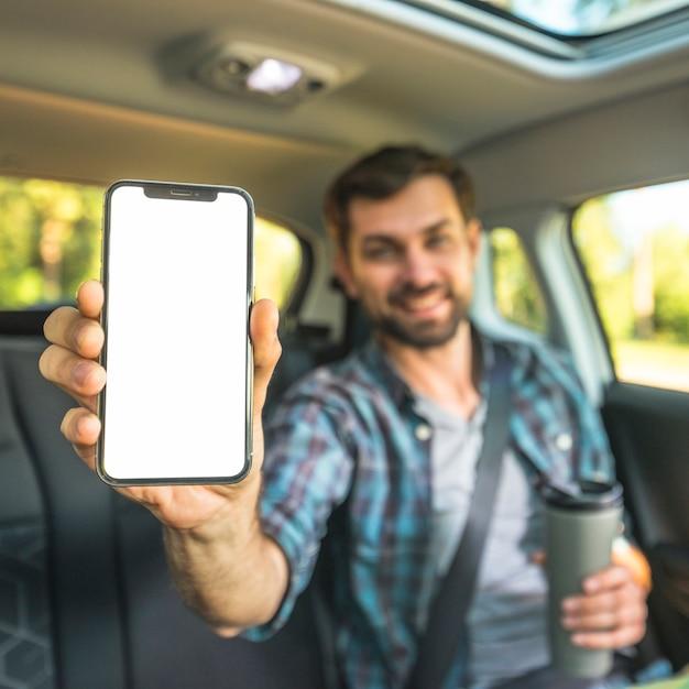 Man on a car trip Foto Gratuite