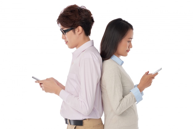 Mandare sms alle persone Foto Gratuite