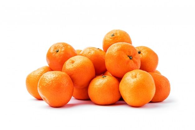 Mandarino maturo agrumi isolato Foto Premium