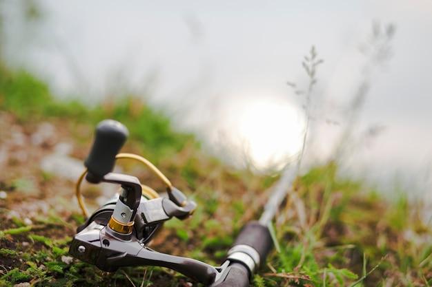 Maniglia di un mulinello da pesca Foto Gratuite