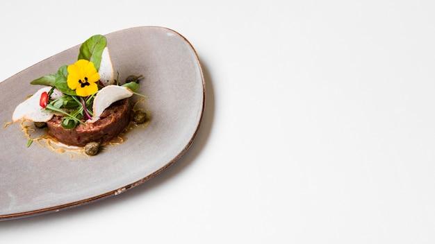 Manzo gourmet cibo copia spazio Foto Gratuite