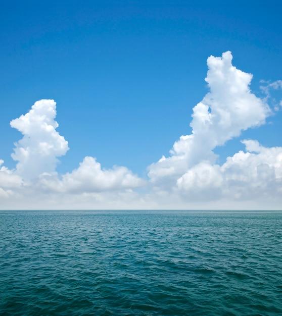 Mare e cielo Foto Premium