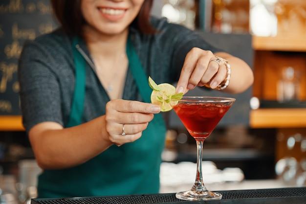 Margarita alla ciliegia Foto Gratuite