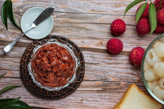 Marmellata di frutta lychee dessert delizioso per la colazione, cibo tailandese. Foto Gratuite