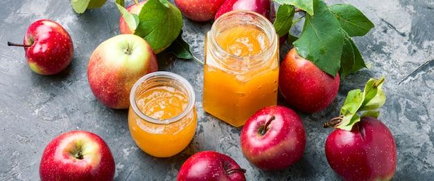 Marmellata di mele mature Foto Premium