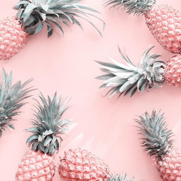 Mela di pino tropical fruit pink natural organic Foto Premium