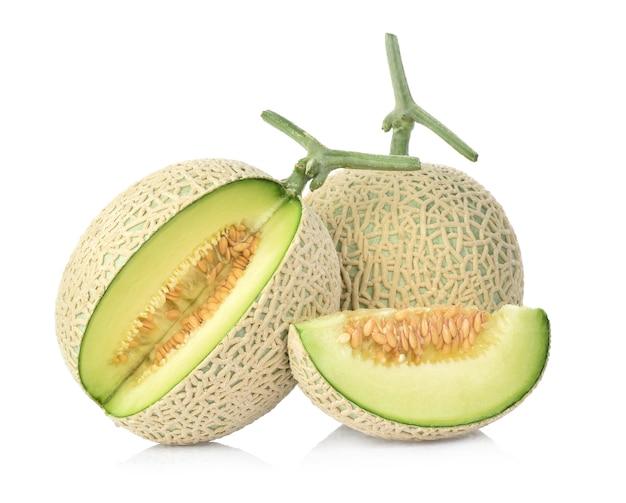 Melone cantalupo isolato su sfondo bianco Foto Premium